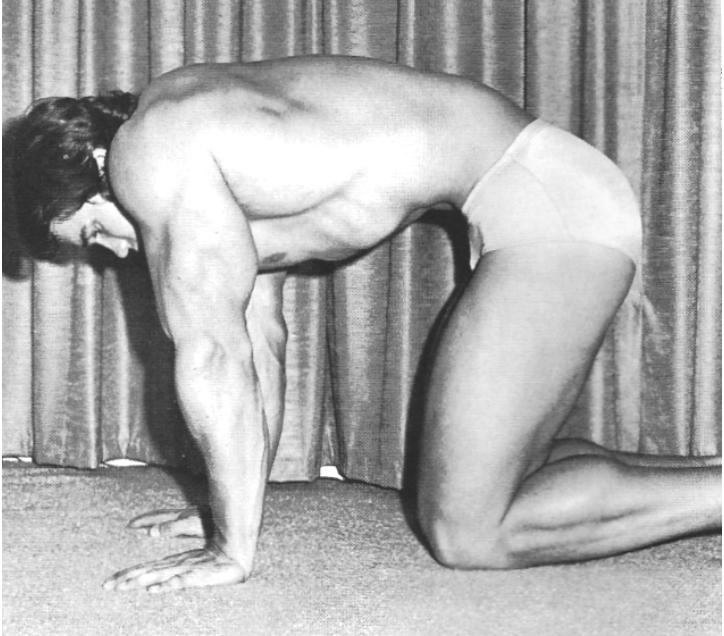 Arnold Schwarzenegger, stomach vacuum